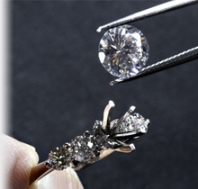 Setting a Loose Diamond in an Engagement Ring